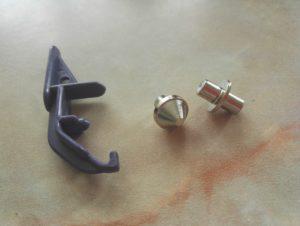 Comment poser une pression r sine avec la pince vario de prym - Comment percer un evier en resine ...
