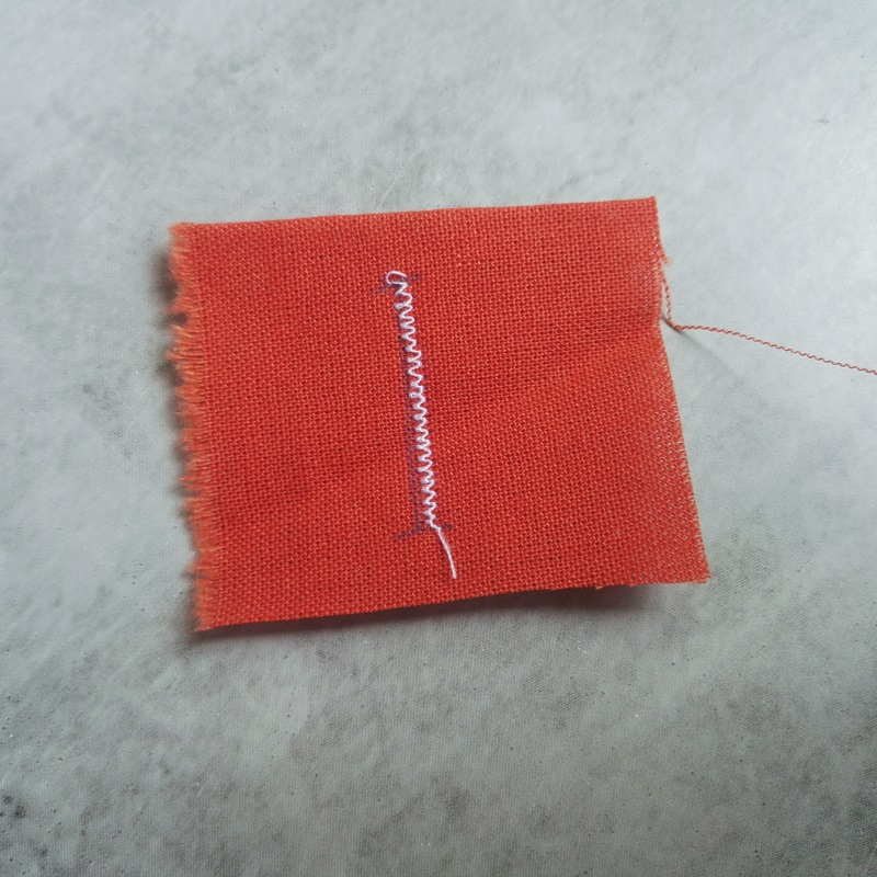LIDL sewing machine buttonhole (11)