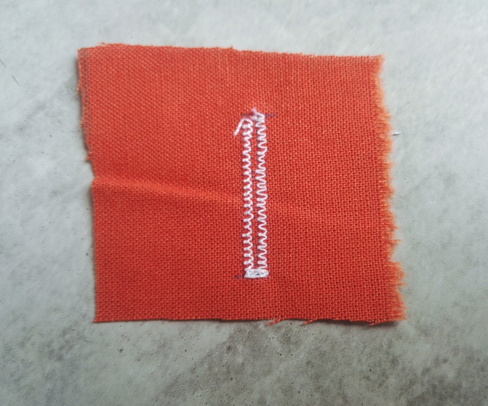 LIDL sewing machine buttonhole (13)